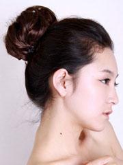 韓式蓬松丸子頭扎法圖片分享[5P]