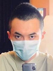 男士超短发莫西干发型图片[5P]