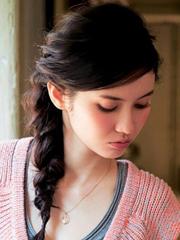 甜美淑女发型扎法图解[5P]