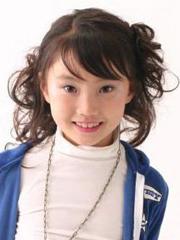 心爱小女孩发型设计图片观赏[10P]