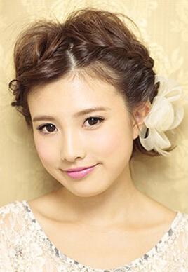 短发刘海编发教程图解 甜美露额最清爽[5P]