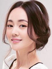 女明星时尚盘发图片 刘海打理值得学习[5P]