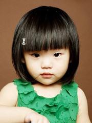超心爱小女孩短发发型图片 齐刘海波波头+蘑菇头[5P]