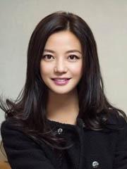 大圆脸适合的中分发型图片  赵薇示范[14P]