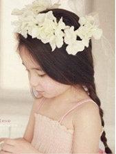 时髦小女孩发型设计图片 慵懒编发+双马尾[5P]