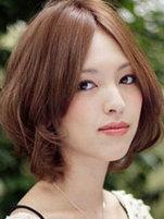 锥子脸女生最佳短发发型设计[6P]