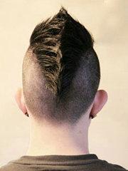 高回头率莫西干发型设计图片[5P]