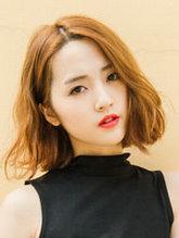 女神级中分短发内扣发型图片[5P]