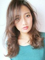 最具女人味中长发发型图片[5P]