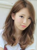 方脸mm适合的清新发型设计[9P]