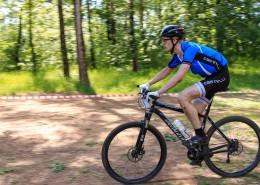 騎自行車的騎行愛好者圖片_11張
