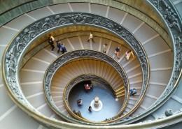 螺旋式的楼梯图片_15张
