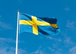 飘扬的瑞典国旗图片_12张