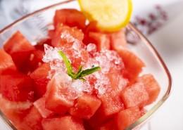 夏日好吃的冰镇西瓜图片_10张