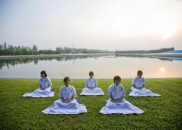 正在冥想的瑜伽者图片_11张