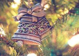 圣诞树上的装饰图片_10张