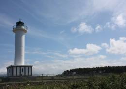 高高耸立的白色灯塔图片_14张