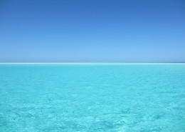 碧蓝的大海图片_11张