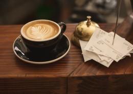 一杯香浓的咖啡拉花图片_13张