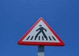 街上的交通标志图片_15张