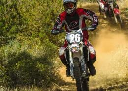 越野摩托车比赛图片_14张