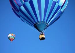 五彩热气球图片_11张