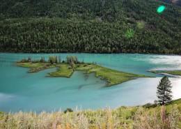 新疆喀纳斯卧龙湾和神仙湾自然风景图片_16张