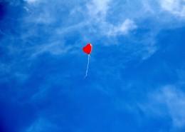 紅色心形氣球圖片_10張