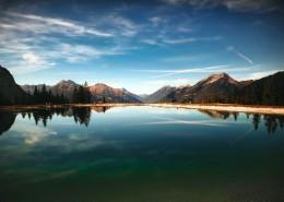 景色迷人的湖泊图片_16张