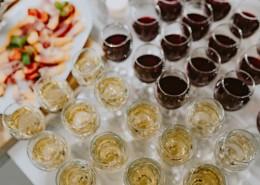 聚会上的葡萄酒图片_10张