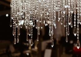 亮晶晶的水晶吊灯图片_10张