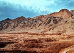 新疆吐魯番火焰山自然風景圖片_8張