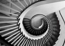 螺旋式的楼梯图片_10张