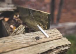燃燒的香煙圖片_11張