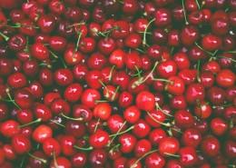 鲜红欲滴的樱桃图片_14张