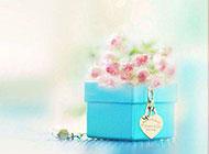 唯美清新的愛心禮盒背景圖片
