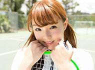 日本美女筱崎愛精美電腦壁紙