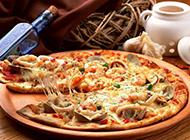 美味的至尊海鲜披萨图片