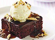 美味冰淇淋蛋糕下午茶图片