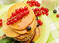 超清唯美的水果松饼图片