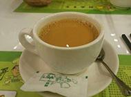 简单好吃的奶茶土司摄影图片