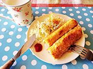 三明治擀平卷上金枪鱼玉米满满的幸福感