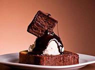 自制简单的巧克力糕点图片