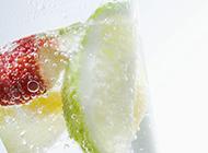 水果气泡饮料清爽开胃