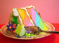 彩虹般的精美小糕點圖片
