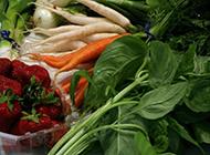 新鲜的深绿色蔬菜图片