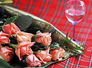 香槟与粉玫瑰艺术摄影素材