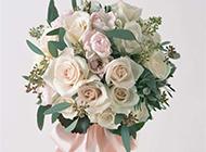 婚礼白玫瑰花束图片素材