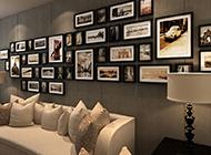 布藝沙發上的時尚相片墻設計圖片