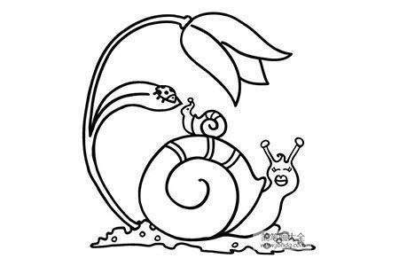 蜗牛妈妈背小蜗牛